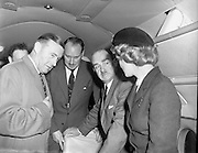 19/11/1958<br /> 11/19/1958<br /> 19 November 1958 <br /> Fokker F27 Friendships arrive at Dublin Airport. Aer Lingus receives two aircraft. View of the interior of one of the aircraft.