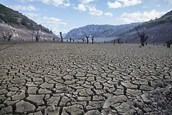September 1, 2017 - Leon, Spain - Spain is on its way to its worst drought in 20 years. The marshes hold less than half of the water they can store, with 47.93 percent of reserves. In Leon, in the north of the country, its main reservoir barely reaches 10 percent on 1st September 2017. (Credit Image: © Alvaro Fuente/NurPhoto via ZUMA Press)