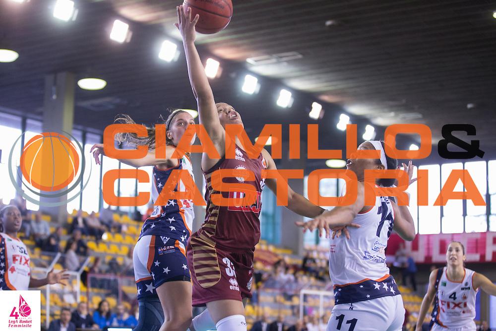 Lauren Ashleigh Fontenette <br /> Umana Reyer Venezia Fixi Piramis Torino<br /> LegA Basket Femminile 2016/2017<br /> Lucca, 02/10/2016<br /> Foto Elio Castoria/Ciamillo-Castoria