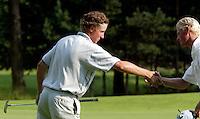 AMBT-DELDEN - Winnaar Jan Willem van Hoof (l) en Robert Niemer. NK Matchplay golf op de Twentsche GC. COPYRIGHT KOEN SUYK