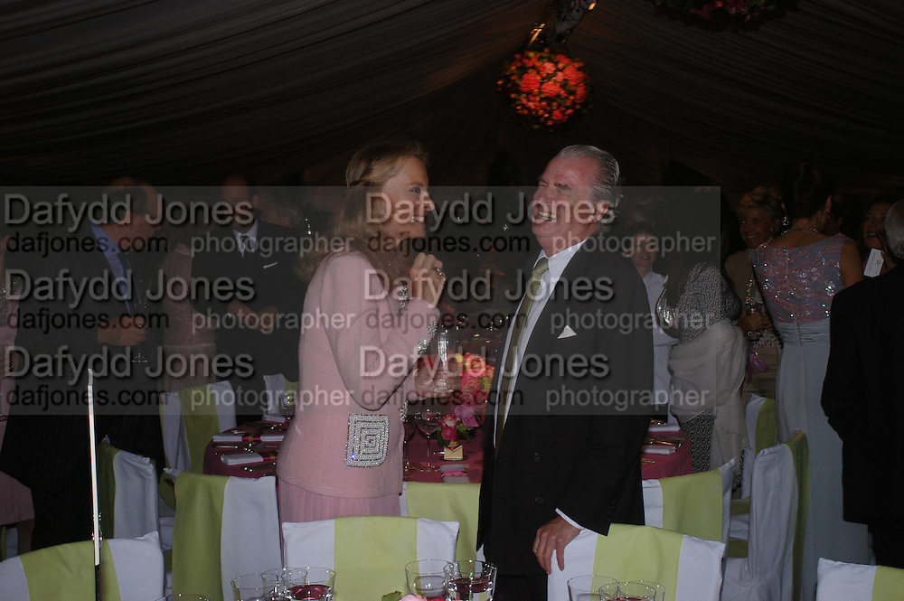 Princess Michael of Kent and Lord Powell. Cartier dinner after thecharity preview of the Chelsea Flower show. Chelsea Physic Garden. 23 May 2005. ONE TIME USE ONLY - DO NOT ARCHIVE  © Copyright Photograph by Dafydd Jones 66 Stockwell Park Rd. London SW9 0DA Tel 020 7733 0108 www.dafjones.com