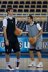 Erazem and his brother Domen Lorbek of Slovenia during the practice session, on September 11, 2009 in Arena Lodz, Hala Sportowa, Lodz, Poland.  (Photo by Vid Ponikvar / Sportida)