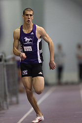 London, Ontario ---11-01-22---   Brent Bates of the Western Mustangs competes at the 2011 Don Wright meet at the University of Western Ontario, January 22, 2011..GEOFF ROBINS/Mundo Sport Images.