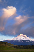 Mount Shasta California. Elevation of 14,179 feet (4321.8 m)
