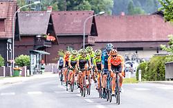 09.07.2019, Frohnleiten, AUT, Ö-Tour, Österreich Radrundfahrt, 3. Etappe, von Kirchschlag nach Frohnleiten (176,2 km), im Bild Peloton Mürzzuschlag // Peloton Mürzzuschlag during 3rd stage from Kirchschlag to Frohnleiten (176,2 km) of the 2019 Tour of Austria. Frohnleiten, Austria on 2019/07/09. EXPA Pictures © 2019, PhotoCredit: EXPA/ Johann Groder