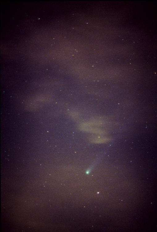 Comet Hyakatake streaking across California skies- 1996
