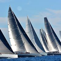 VOILES DE ST TROPEZ 2016 /// TOO BIG TO FAIL //<br /> Toujours un peu plus vent&eacute;, toujours un peu plus fort <br /> Avec 12 &agrave; 15 noeuds de vent de secteur sud ouest les 16 Wally sont partis toutes voiles dehors pour un d&eacute;part sous black flag ,un spectacle magnifique , une somptueuse journee .<br /> Pilote // Benoit Papuchon . C'est en 1994 que l'aventure Wally d&eacute;bute &agrave; Monaco, quand l'homme d'affaires italien Luca Bassani lance son premier voilier haut de gamme, qui se distingue par son design, son luxe et ses aptitudes en course inshore