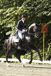 BIMSCHAS Alexandra, Dick Tracy 8<br /> 63. Landesturnier Bad Segeberg - 2011<br /> <br /> (c) www.sportfotos-Lafrentz. de/Stefan Lafrentz
