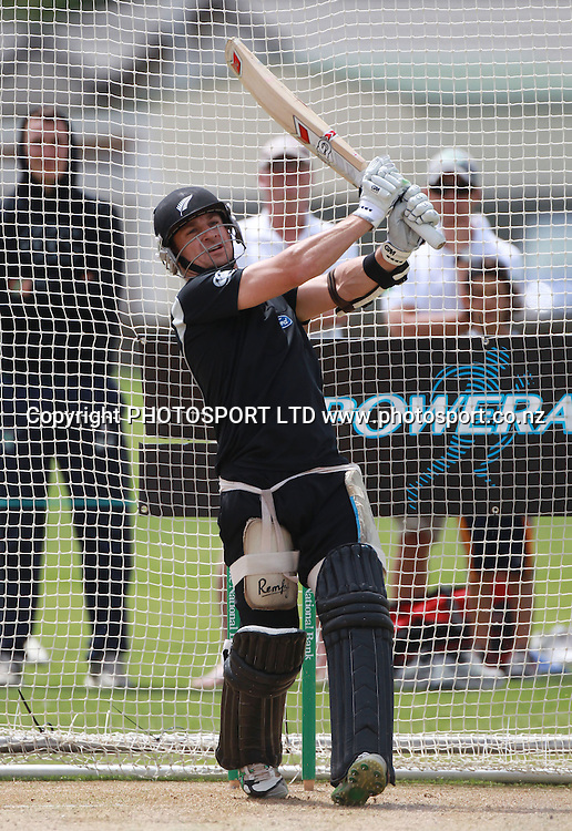 New Zealand's Nathan McCullum at a training session at Nelson Park, Napier, Monday 31 January 2011. Photo: Andrew Cornaga/photosport.co.nz