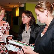 NLD/Ridderkerk/20110526 - Presentatie Helden magazine 9,