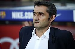 August 20, 2017 - Barcelona, Catalonia, Spain - Ernesto Valverde during La Liga match between F.C. Barcelona v Alaves, in Barcelona, on September 10, 2016. Photo: Edi Capmany/Urbanandsport/Nurphoto  (Credit Image: © Joan Valls/NurPhoto via ZUMA Press)