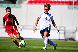 LLANELLI, WALES - Thursday, August 22, 2013: England's Jade Bailey in action against Wales during the Group A match of the UEFA Women's Under-19 Championship Wales 2013 tournament at Parc y Scarlets. (Pic by David Rawcliffe/Propaganda)