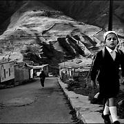 DAILY VENEZUELA<br /> San Rafael de Mucuchies, Mucuchies, Merida State. Venezuela 2000. <br /> (Copyright © Aaron Sosa)