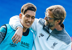 17.05.2016, St. Jakob Park, Basel, SUI, UEFA EL, FC Liverpool vs Sevilla FC, Finale, im Bild Roberto Firmino (FC Liverpool), Trainer Juergen Klopp (FC Liverpool) // Roberto Firmino (FC Liverpool), Trainer Juergen Klopp (FC Liverpool) during the Training in front of the Final Match of the UEFA Europaleague between FC Liverpool and Sevilla FC at the St. Jakob Park Stadium in Basel, Switzerland on 2016/05/17. EXPA Pictures © 2016, PhotoCredit: EXPA/ JFK