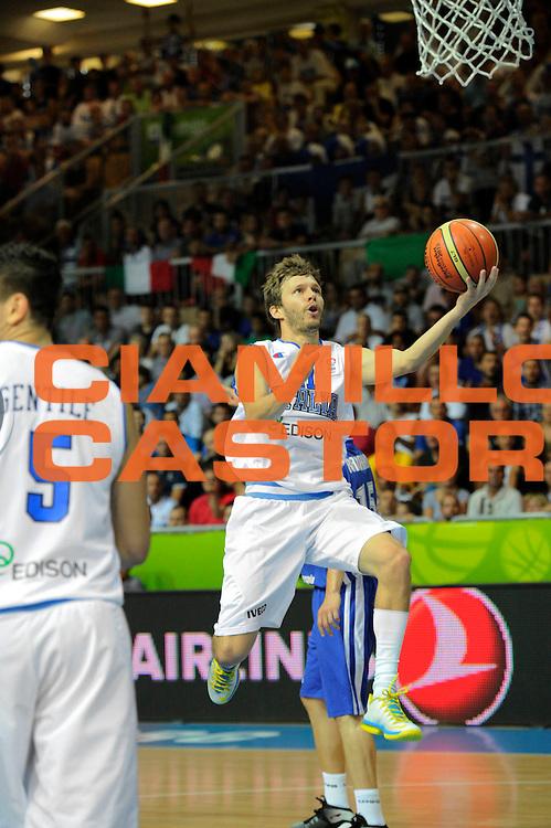 DESCRIZIONE : Capodistria Koper Slovenia Eurobasket Men 2013 Preliminary Round Finlandia Italia Finland Italy<br /> GIOCATORE : Travis Diener<br /> CATEGORIA : penetrazione tiro tecnica<br /> SQUADRA : Italia<br /> EVENTO : Eurobasket Men 2013<br /> GARA : Finlandia Italia Finland Italy<br /> DATA : 07/09/2013 <br /> SPORT : Pallacanestro&nbsp;<br /> AUTORE : Agenzia Ciamillo-Castoria/N. Dalla Mura<br /> Galleria : Eurobasket Men 2013 <br /> Fotonotizia : Capodistria Koper Slovenia Eurobasket Men 2013 Preliminary Round Finlandia Italia Finland Italy