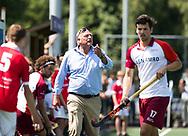 AMSTELVEEN -  Hurley coach Reinoud Wolff.   Play Offs / Outs Hockey hoofdklasse.  Hurley-Almere (0-1) . Almere wint blijft in de hoofdklasse. COPYRIGHT KOEN SUYK