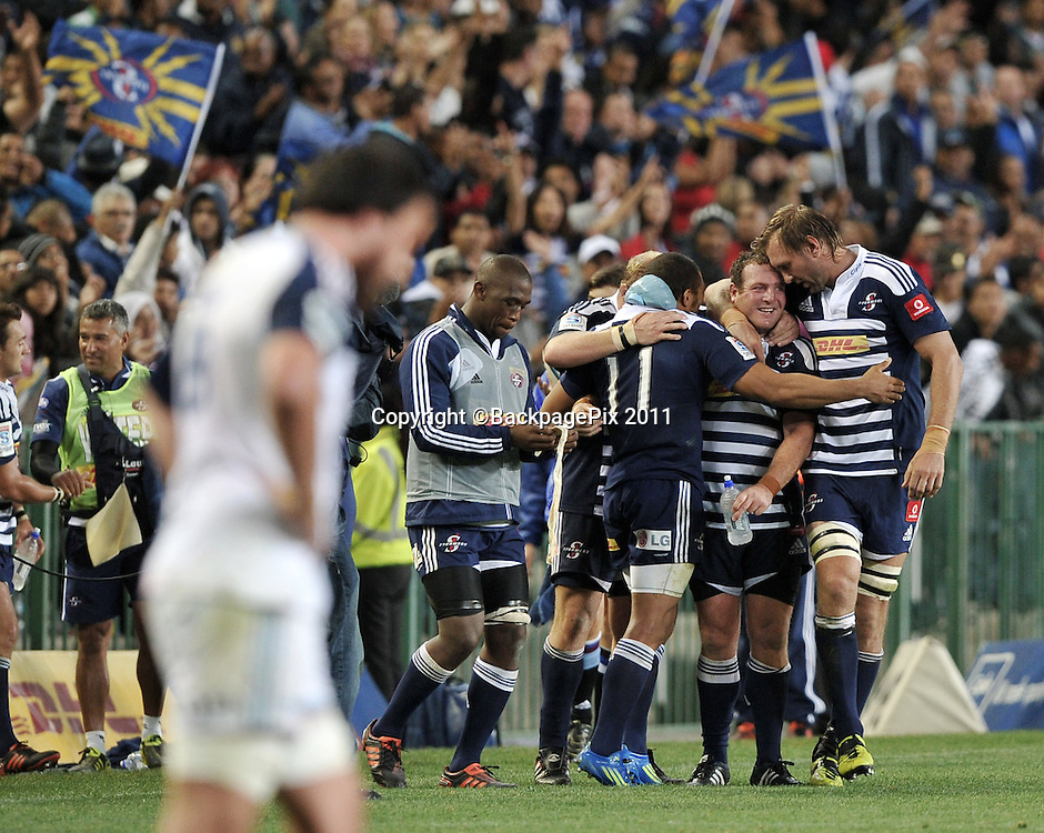 Stormers players celebrate their win over the Blues<br /> <br /> &copy;Ryan Wilkisky/BackpagePix