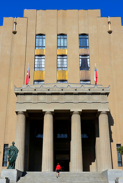 Palace of Justice in Valpara&iacute;so, Chile<br /> The Court of Appeals in Valparaiso was established in 1892.  It has the legal authority to hear disputed legal decisions from several Chilean courts.  Since 1939, the courthouse has been housed in the Palacio de Justicia.  It replaces two earlier buildings.  One collapsed during the 1906 earthquake and the second was demolished in 1927.