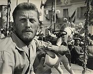 Paris 1955. Kirk Douglas in the film &quot;Lust for Life&quot;. The film was directed by Vincent Minnelli. Kirk Douglas was nominated for Best Actor but did not win!<br /> This scene is in the french town of Auvers sur Oise, where Vincent Van Gogh committed suicide. Both him and his brother were buried there.<br /> <br /> <br /> Paris 1955. Kirk Douglas dans le film &quot; Lust for Life &quot;. Le film a &eacute;t&eacute; r&eacute;alis&eacute; par Vincent Minnelli. Kirk Douglas a &eacute;t&eacute; nomin&eacute; pour meilleur acteur, mais n'a pas gagn&eacute; !<br /> Cette sc&egrave;ne est dans la ville fran&ccedil;aise d'Auvers sur Oise, o&ugrave; Vincent Van Gogh s' es suicide . Lui et son fr&egrave;re ont &eacute;t&eacute; enterr&eacute; l&agrave;.