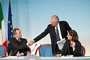 2013/04/10 Roma, conferenza stampa a margine del Consiglio dei Ministri n. 46. Nella foto Vittorio Grilli, Mario Monti, Elisabetta Olivi.<br /> Rome, Cabinet Meeting no. 46 press conference. In the picture  - &copy; PIERPAOLO SCAVUZZO