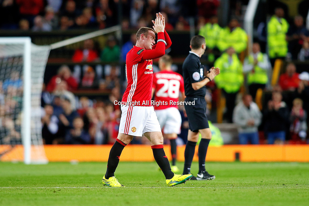 03.08.2016. Old Trafford, Manchester, England. Wayne Rooney Testimonial Football Match. Manchester United versus Everton. Wayne Rooney of Manchester United applauds the fans as he leaves the field