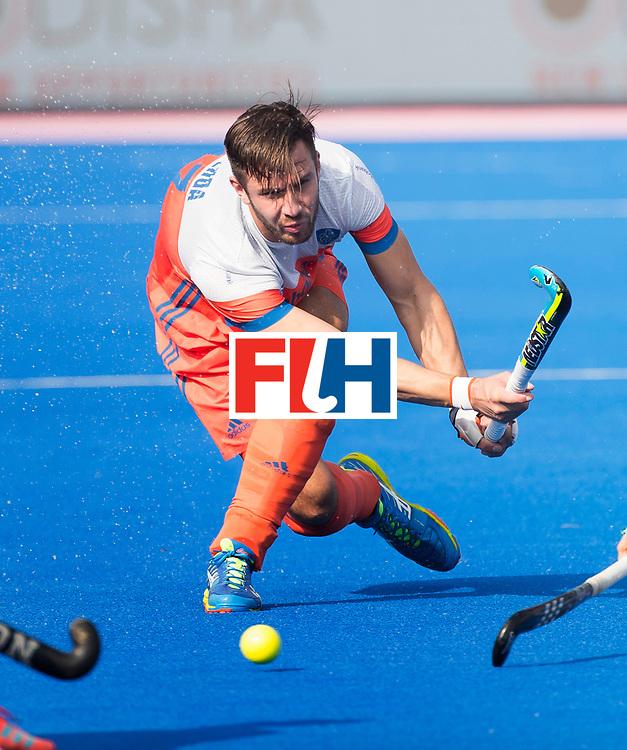 BHUBANESWAR -  Martijn Havenga (Ned)   tijdens  de Hockey World League Final wedstrijd Nederland-Spanje (2-3).  COPYRIGHT  KOEN SUYK