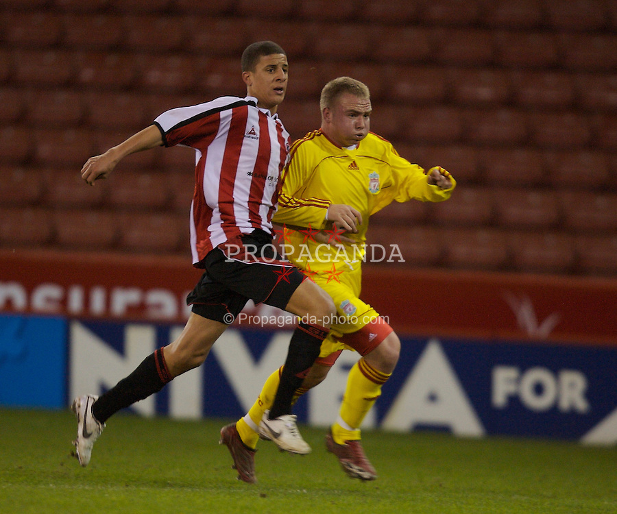 Sheffield, England - Thursday, February 15, 2007: Liverpool's Ray Putterill and Sheffield United's Kyle Walker during the FA Youth Cup Quarter-Final match at Bramall Lane. (Pic by David Rawcliffe/Propaganda)