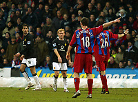 Fotball<br /> Premier League 2004/05<br /> Crystal Palace v Manchester United<br /> 5. mars 2005<br /> Foto: Magne J. Nilsen<br /> NORWAY ONLY<br /> Gary Borrowdale and Gonzalo Sorondo of Palace tell Paul Scholes and Ruud Van Nistlerooy the exit from the Premiership race