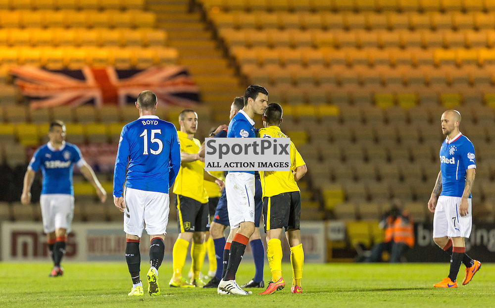 Dejected Rangers players after the match between Livingston and Rangers (c) ROSS EAGLESHAM | Sportpix.co.uk