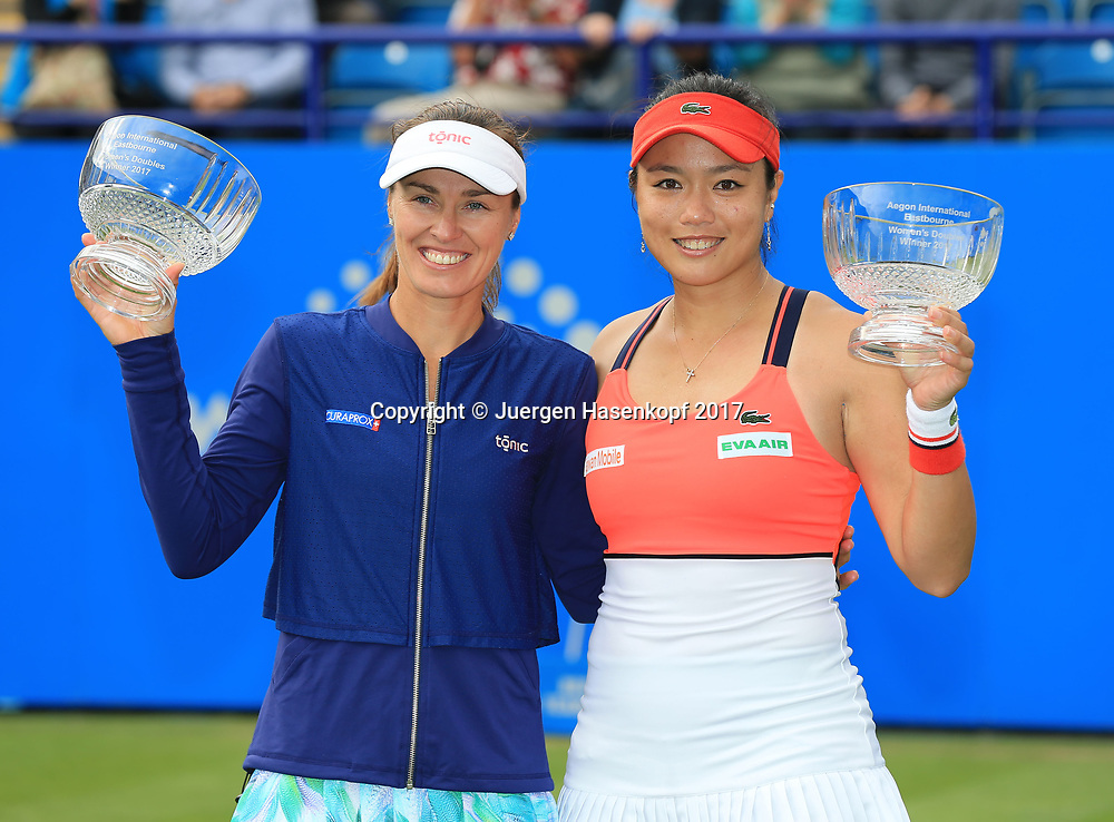 MARTINA HINGIS (SUI) und YUNG-JAN CHAN (TPE)-Doubles, Finale, Endspiel<br /> <br /> Tennis - Aegon International Eastbourne - WTA -  Devonshire Park Lawn Tennis Club - Eastbourne -  - Great Britain  - 1 July 2017. <br /> &copy; Juergen Hasenkopf