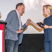 NLD/Amsterdam/20170616 - Uitreiking Nipkowschijf 2017, Eva Jinek<br /> Eervolle vermelding Zilveren Nipkowschijf 2017