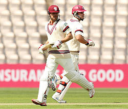 Somerset's James Hildreth and Somerset's Jim Allenby take a run - Photo mandatory by-line: Robbie Stephenson/JMP - Mobile: 07966 386802 - 21/06/2015 - SPORT - Cricket - Southampton - The Ageas Bowl - Hampshire v Somerset - County Championship Division One