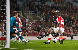 LONDON, ENGLAND - Wednesday, October 28, 2009: Liverpool's Ryan Babel misses a chance to equalise against Arsenal during the League Cup 4th Round match at Emirates Stadium. (Photo by David Rawcliffe/Propaganda)