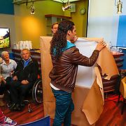 NLD/Hilversum/20121206 - Presentatie Ali B. op volle toeren,