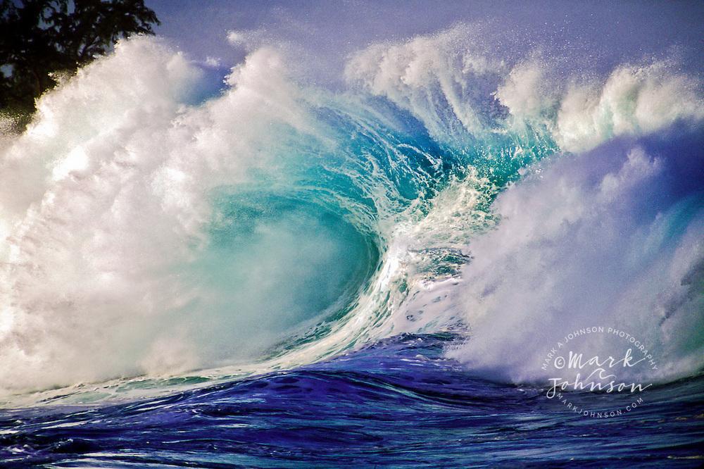 Giant wave at Waimea Bay shorebreak, North Shore, Oahu, Hawaii