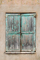 An old window in Menton.
