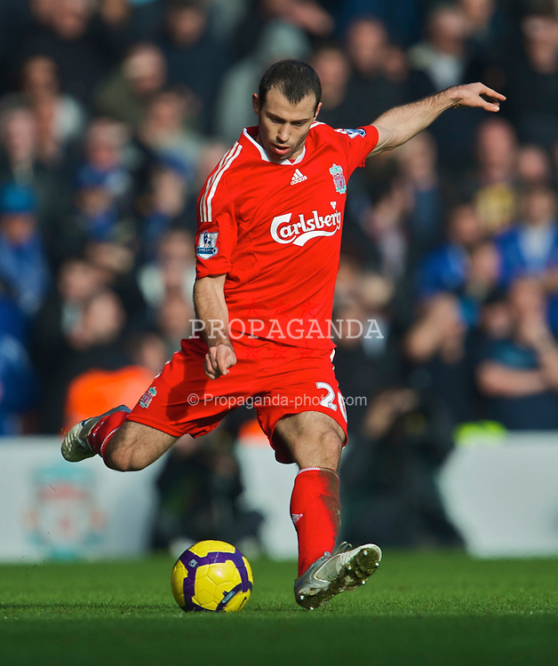 LIVERPOOL, ENGLAND - Saturday, February 6, 2010: Liverpool's Javier Mascherano in action against Everton during the Premiership match at Anfield. The 213th Merseyside Derby. (Photo by: David Rawcliffe/Propaganda)