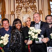 """NLD/Zeist/20131103 - CD presentatie Gordon """" Liefde overwint alles """", Gordon, Eva Simons en haar moeder Ingid Simons"""