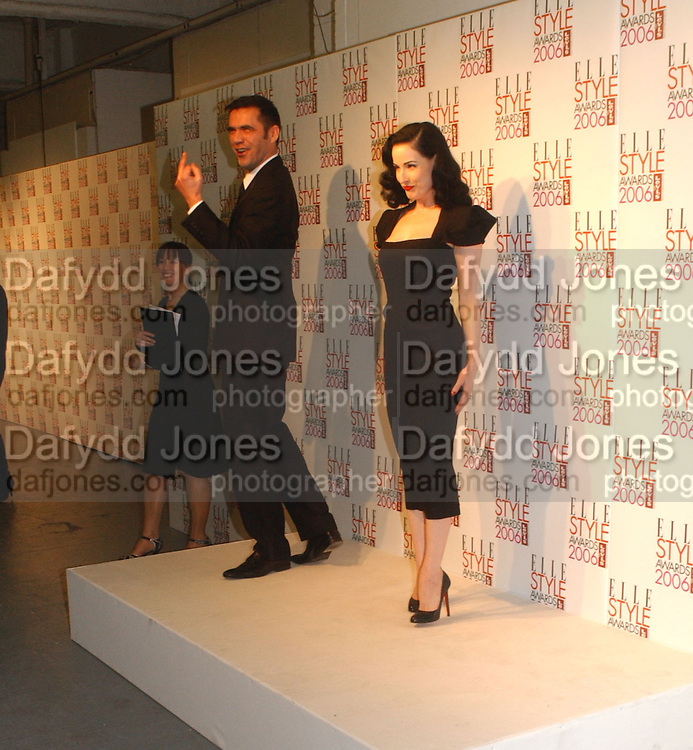 ROLAND MOURET AND DITA VON TEESE. ELLE Style Awards 2006, at the Atlantis Gallery.The Old Truman Brewery, Brick Lane. London. 20 February 2006 ONE TIME USE ONLY - DO NOT ARCHIVE  © Copyright Photograph by Dafydd Jones 66 Stockwell Park Rd. London SW9 0DA Tel 020 7733 0108 www.dafjones.com