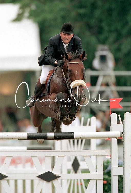 De Roock Gilbert (BEL) - Neron de la Tourelle<br /> BK Kapellen 2001<br /> Photo © Dirk Caremans
