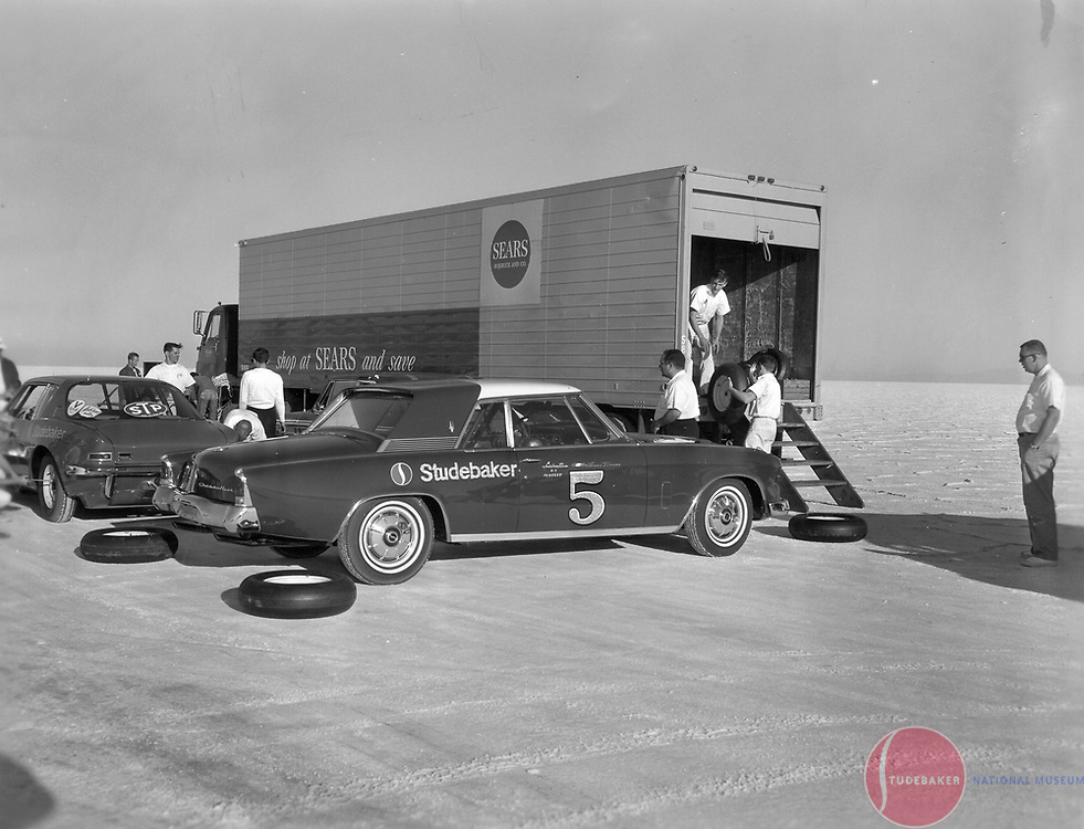 "Studebaker's October 1963 Bonneville Salt Flat campaign featured a R3-powered Gran Turismo Hawk.  The R5 dual supercharged ""Due Cento"" Avanti sits in the background."