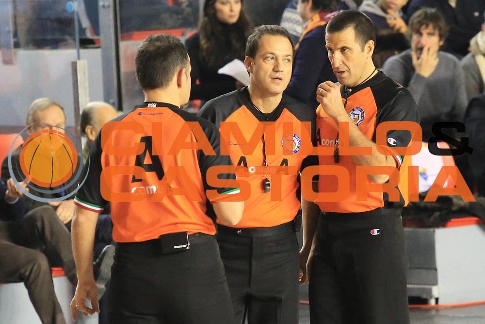 DESCRIZIONE : Roma Lega A 2012-13 Acea Roma Angelico Biella<br /> GIOCATORE : arbitri<br /> CATEGORIA : curiosita<br /> SQUADRA : <br /> EVENTO : Campionato Lega A 2012-2013 <br /> GARA : Acea Roma Angelico Biella<br /> DATA : 07/01/2013<br /> SPORT : Pallacanestro <br /> AUTORE : Agenzia Ciamillo-Castoria/M.Simoni<br /> Galleria : Lega Basket A 2012-2013  <br /> Fotonotizia :  Roma Lega A 2012-13 Acea Roma Angelico Biella<br /> Predefinita :