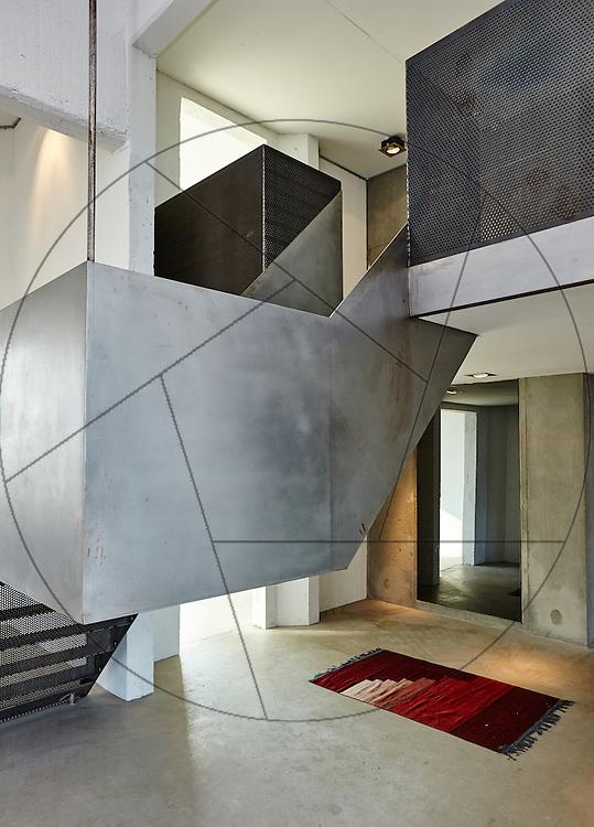 DLG-siloen Nordhavn, Unionkul, ombygning af kornsilo til luksuslejligheder, Klaus Kastbjerg, prøvelejlighed, trappe