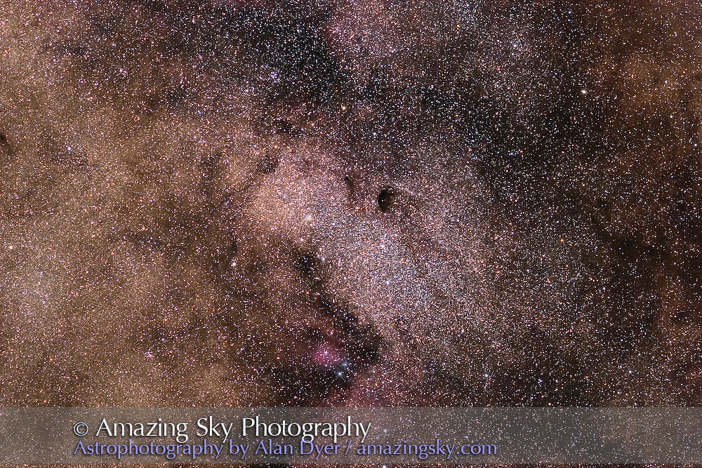 M24, Small Sagittarius star cloud with B92 near centre. Taken with Canon 20Da camera at ISO 400 and Canon 200mm L Lens at f/4 and for 6 minutes. Stack of three exposures. Taken from Coonabarabran, NSW, Australia, July 2006