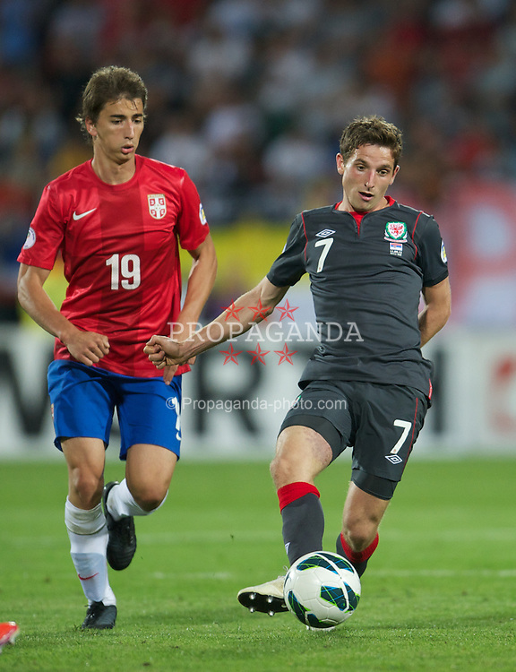 NOVI SAD, SERBIA - Tuesday, September 11, 2012: Wales' Joe Allen in action against Serbia during the 2014 FIFA World Cup Brazil Qualifying Group A match at the Karadorde Stadium. (Pic by David Rawcliffe/Propaganda)