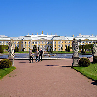 Introduction to Peterhof Palace near Saint Petersburg, Russia<br />