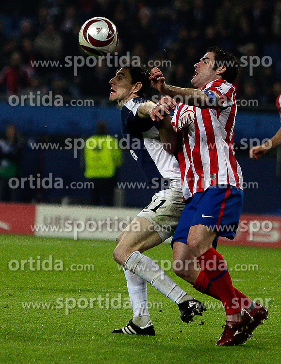 12.05.2010, Hamburg Arena, Hamburg, GER, UEFA Europa League Finale, Atletico Madrid vs Fulham FC, im Bild Action picture involving Fulham's Zolt?n Gera, EXPA Pictures © 2010, PhotoCredit: EXPA/ IPS/ Marcello Pozzetti / SPORTIDA PHOTO AGENCY