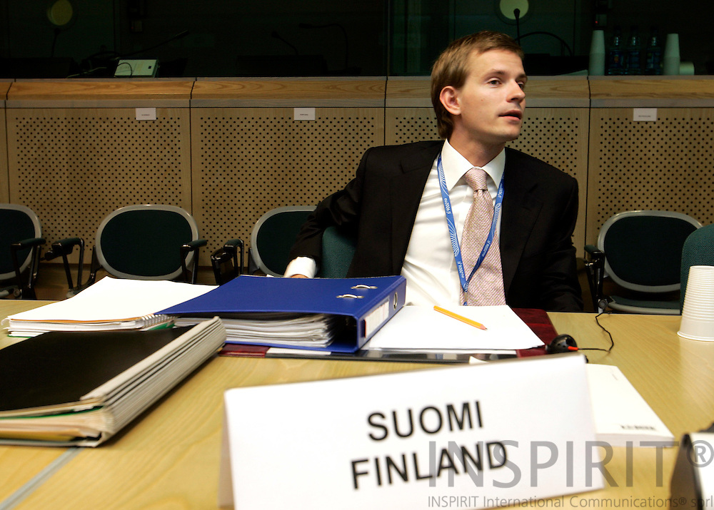 BRUSSELS - BELGIUM - 28 JULY 2006 -- Lauri VOIONMAA, Attache Foreign Relation Counsellors, the Permanent Representation of Finland to the EU at the RELEX-meeting in the EU Council. -- PHOTO: ERIK LUNTANG / ..