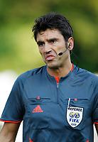 Der Schiedsrichter Massimo Busacca beim Spiel Baden gegen YB. © Moritz Hager/EQ Images