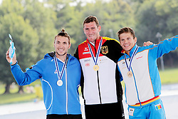 22.08.2015, Mailand, ITA, Kanu WM 2015, im Bild Sebastian Brendel (Potsdam) wird in Mailand Weltmeister im CI 1.000m. v.li: Martin Fuksa (CZE), Sebastian Brendel (Potsdam), Serghei Tarnovschi (MDA) // during the 2015 canoe world championship at Mailand, Italy on 2015/08/22. EXPA Pictures © 2015, PhotoCredit: EXPA/ Eibner-Pressefoto/ Freise<br /> <br /> *****ATTENTION - OUT of GER*****